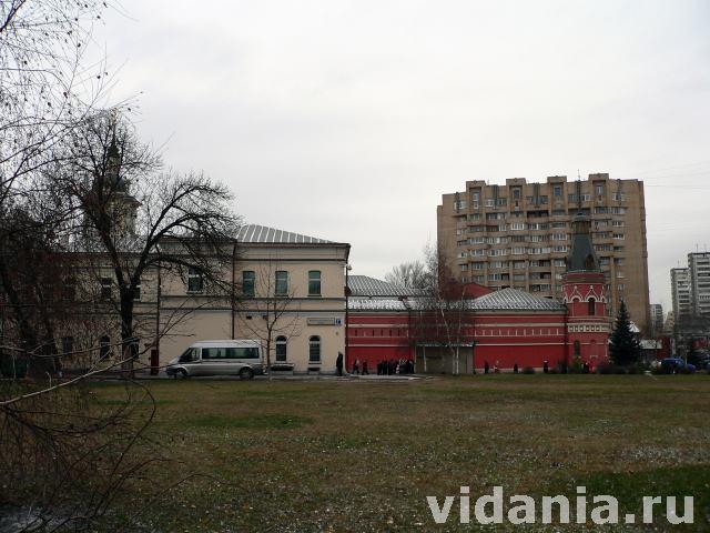 Покровский монастырь в Москве.