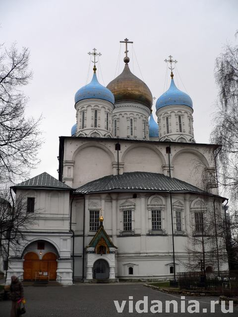 Новоспасский монастырь в