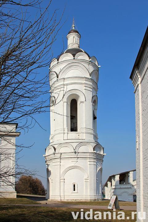 Колокольня церкви георгия победоносца в коломенском