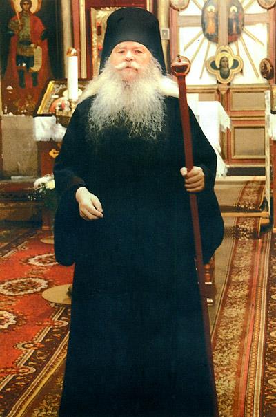 Чихачево, о. Иоанникий, настоятель Свято-Никольского храма.