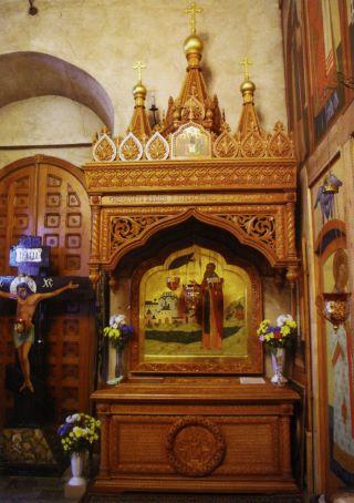 Η λειψανοθήκη του αναθ Ferapont στη Μονή Γεννήσεως καθεδρικό ναό Luzhetsky