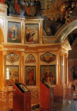 Интерьер собора Покровского монастыря