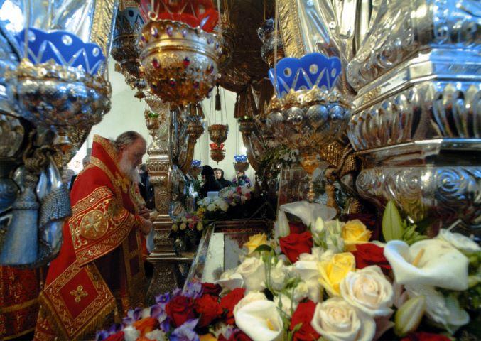 http://www.vidania.ru/picture/pokrovskii/pokrovskii_monastyr_29_677x480.jpg