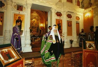 Патриаршее богослужение в день памяти обретения мощей Святой Праведной блаженной Матроны Московской