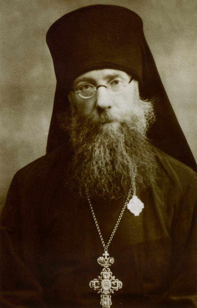 Последний наместник Покровского монастыря - архимандрит Вениамин (Милов), впоследствии епископ Саратовский.