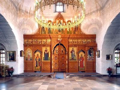 Иконостас храма иконы Божией Матери Всех Скорбящих Радость в Печатниках.